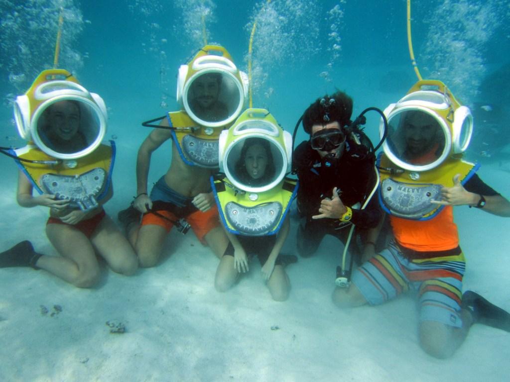 https://tahititourisme.uk/wp-content/uploads/2017/08/ACTIVITES-NAUTIQUES-Aquablue-2.jpg