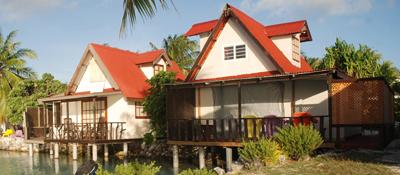 https://tahititourisme.uk/wp-content/uploads/2017/08/bungalow-lagon.jpg