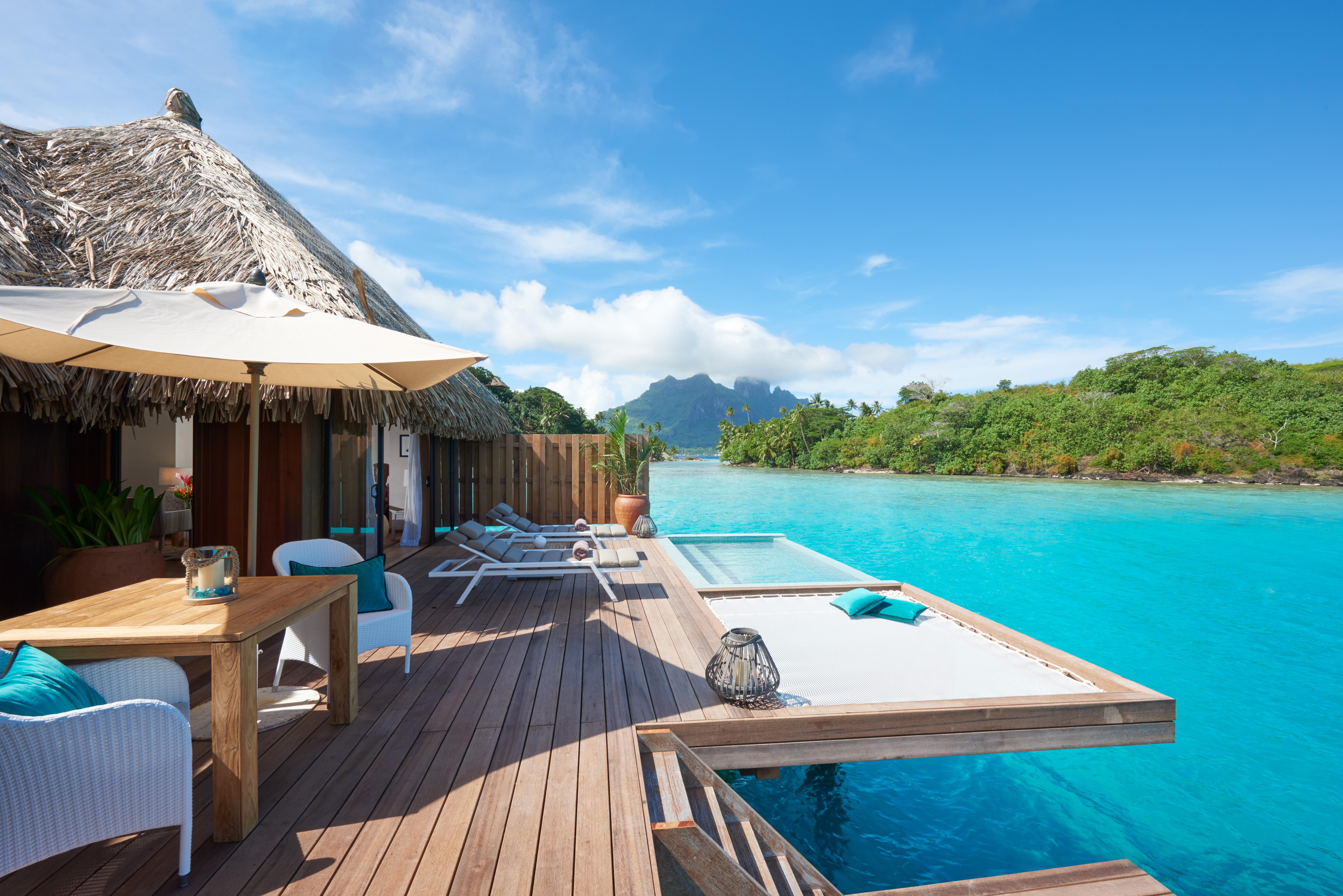 https://tahititourisme.uk/wp-content/uploads/2017/12/Conrad-Bora-Bora-Nui-Villa-Royal-Pool-Overwater-Villa-1.jpg